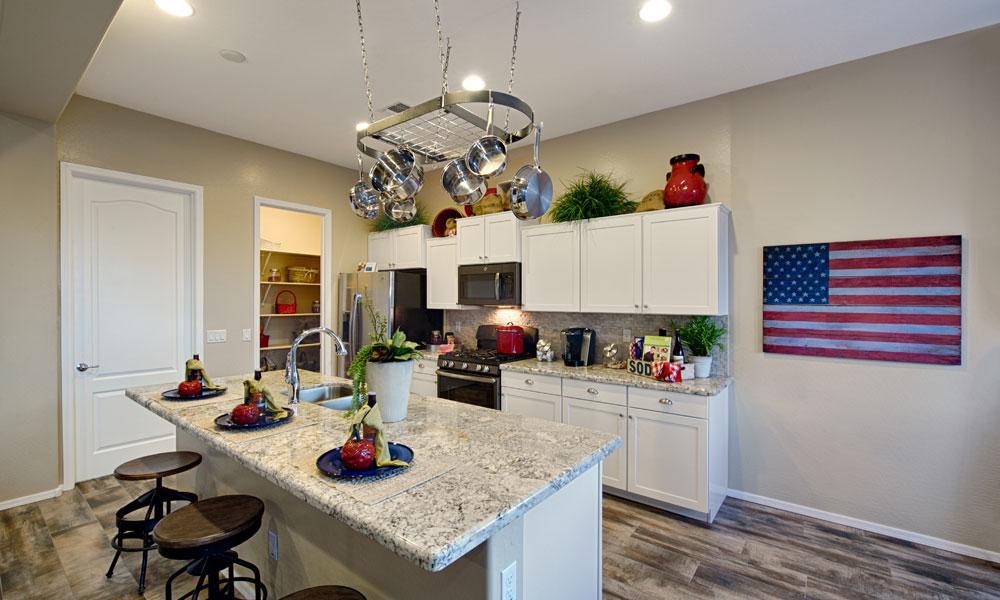 BryceCanyon-Kitchen.jpg